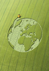 Globe crop circle in green field