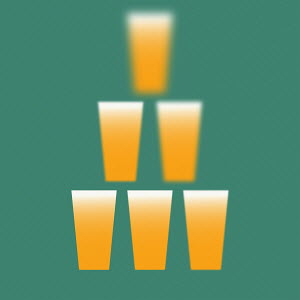 Sequence of beer glasses in pyramid getting blurrier