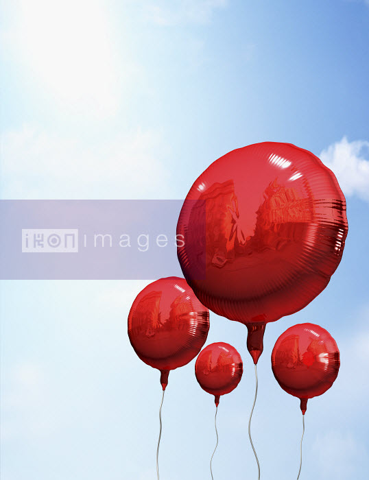 Red balloons in sky - Red balloons in sky - Oliver Burston
