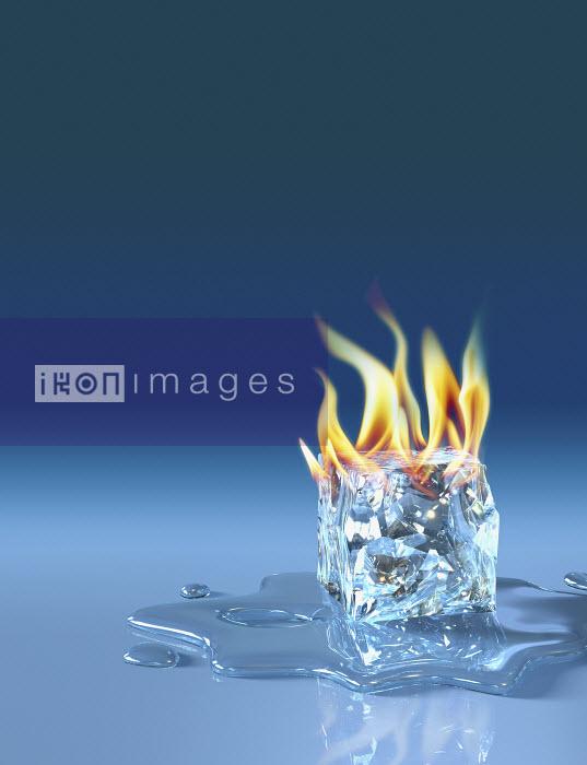 Flaming ice cube - Flaming ice cube - Oliver Burston