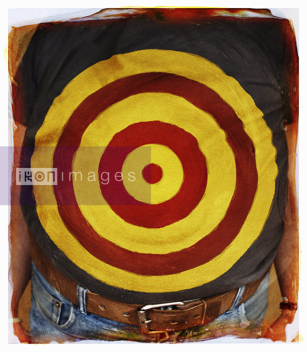 Bull�s-eye over obese man�s stomach - Bull�s-eye over obese man�s stomach - Jon Berkeley