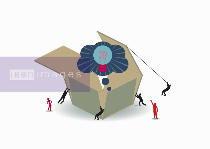 Business people cooperating to open large box containing light bulb inside of thought bubble - Business people cooperating to open large box containing light bulb inside of thought bubble - Andrew Baker