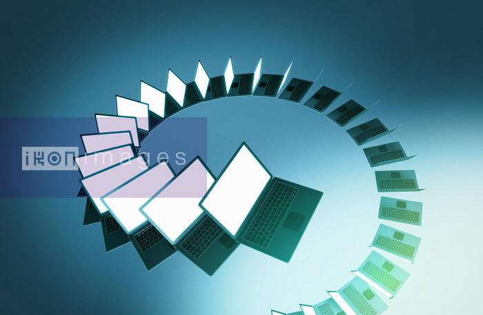 Spiraling line of laptop computers - Spiraling line of laptop computers - Magictorch