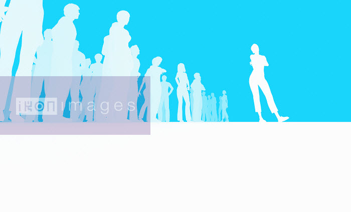 Silhouette of woman standing out from the crowd - Silhouette of woman standing out from the crowd - Magictorch