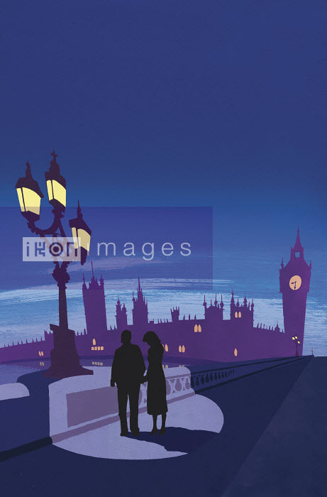 Couple holding hands on London bridge with Big Ben in background - Couple holding hands on London bridge with Big Ben in background - Andy Bridge