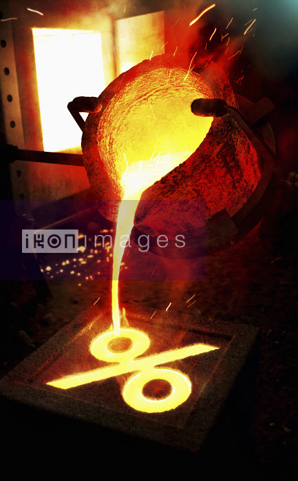 Molten metal pouring into percentage sign mold - Molten metal pouring into percentage sign mold - Ian Cuming