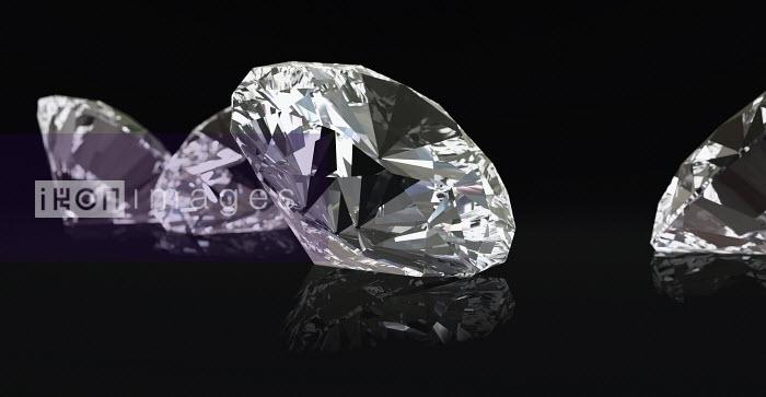 Four diamonds on black background - Four diamonds on black background - Ian Cuming