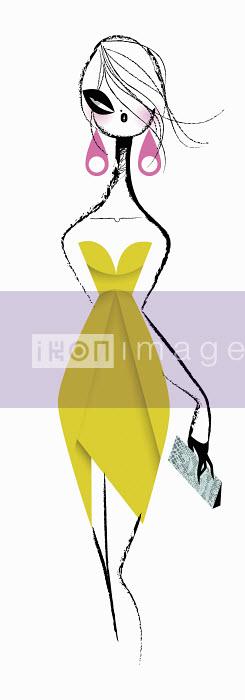 Glamorous woman in strapless yellow cocktail dress - Glamorous woman in strapless yellow cocktail dress - Kirsten Ulve