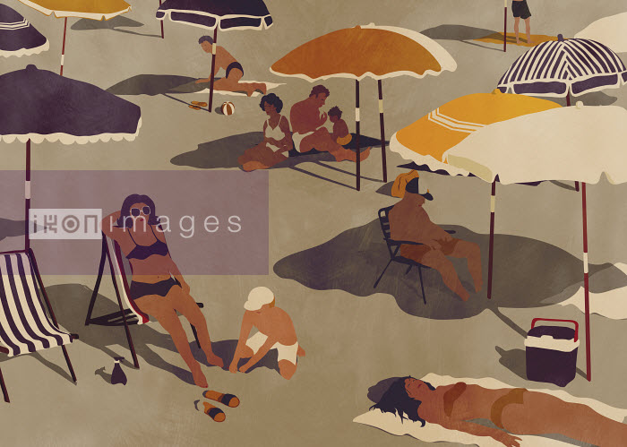 People sunbathing on quiet beach - People sunbathing on quiet beach - Giordano Poloni