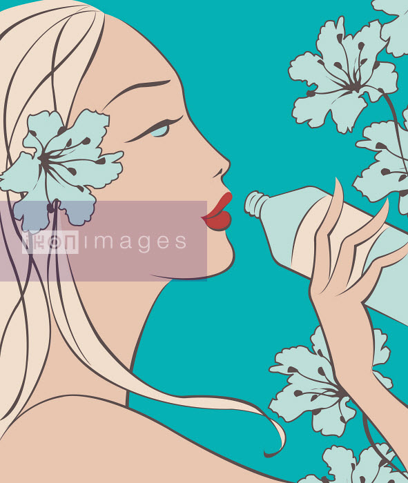 Close up of beautiful woman drinking water from bottle - Close up of beautiful woman drinking water from bottle - Wai