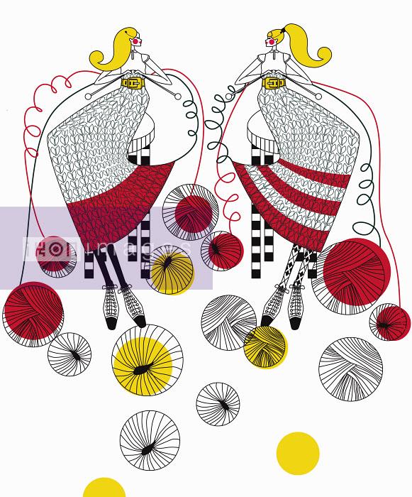 Friends knitting together - Friends knitting together - Yordanka Poleganova