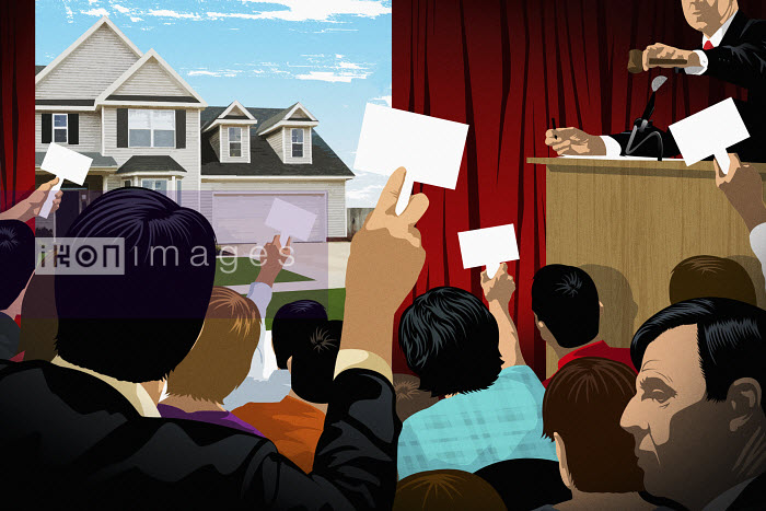 People on a house auction - People on a house auction - Taylor Callery