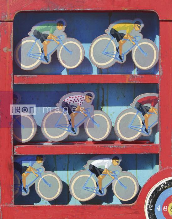 Retro wooden game with Tour de France cyclists - Andy Bridge